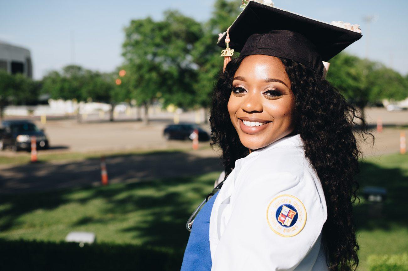 accomplishment-achievement-education-1139319